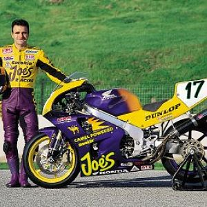 1995 Honda RC45 Race Bike and Miguel Duhamel